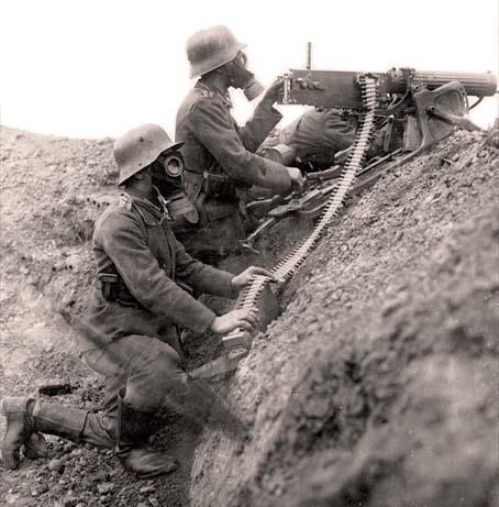 scènes de combat LaGuerredesGaz-mitrailleuseMG08